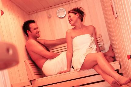 Infrarotkabine im Schwesterhotel Sporthotel ROYAL X – Ferienhäuser Leitner – Urlaub in Kärnten am See – Urlaub am Millstätter See